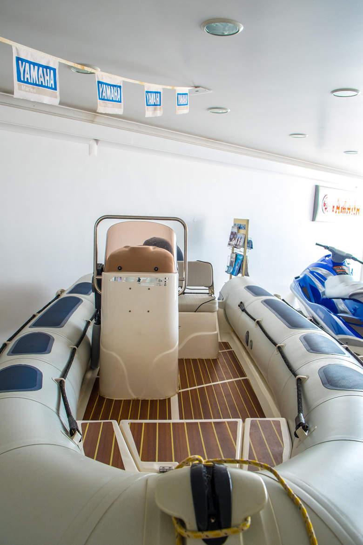 barco para aluguer em Tavira