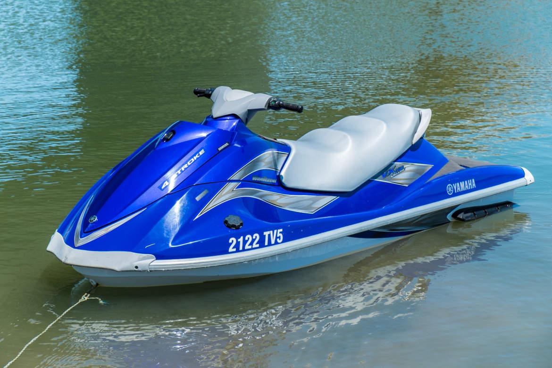 moto agua rio